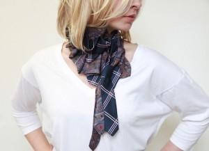 Женский галстук уход