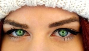 Техника создания макияжа кошачий глаз