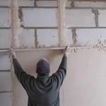 Выравнивание стен гипсом: этапы и особенности
