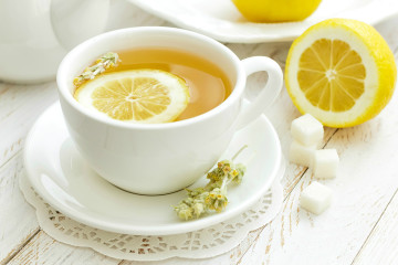 Chem-polezen-limonnyj-sok-2