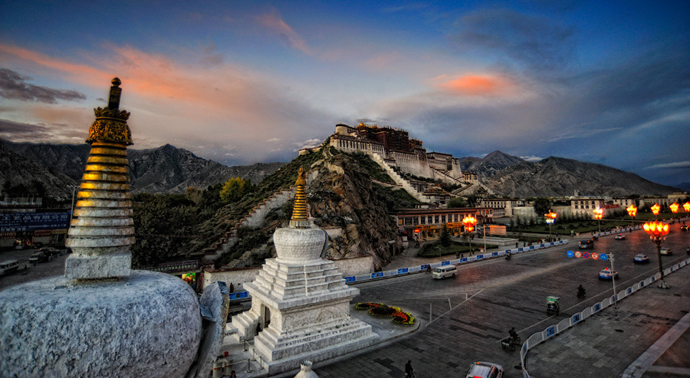 Lhasa-Kitaja-serdce-Tibeta